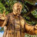 """""""Ötven évig viseled sebeimet, azután hozzám jössz"""" – Pietrelcinai Szent Pio atya – Szeptember 23."""