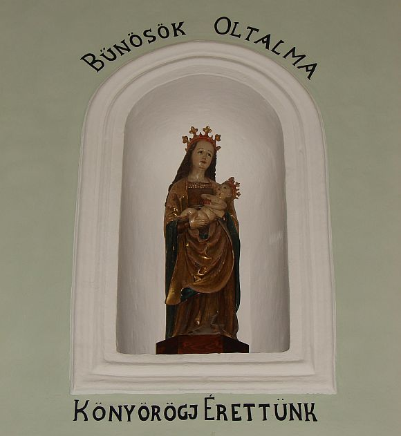 A legszebb arcú Szűz Mária - Csíkszentdomokoson Márton Áron püspök szülőfalujában.