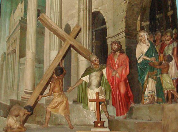 Második állomás - Jézus vállára veszi a keresztet.